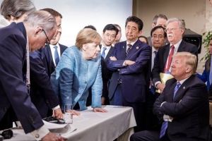 TRUMP STANDS UP FOR RUSSIA AND RAGES AGAINST CANADA AT THE G7