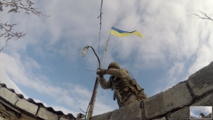 UKRAINIAN FORCES OUST RUSSIAN INVADERS FROM ROZSADKY