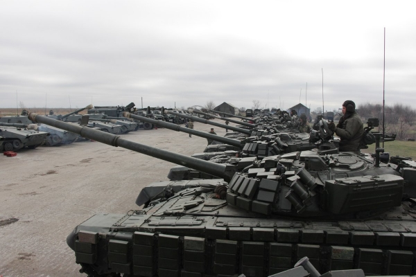 WORLD OF TANKS: PUTIN AGAIN VIOLATES THE MINSK AGREEMENTS CONCENTRATING TANKS IN OCCUPIED LUHANSK