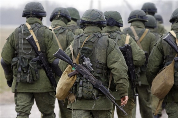 ALMOST 100,000 RUSSIAN TROOPS POISED FOR OFFENSIVE AGAINST UKRAINE